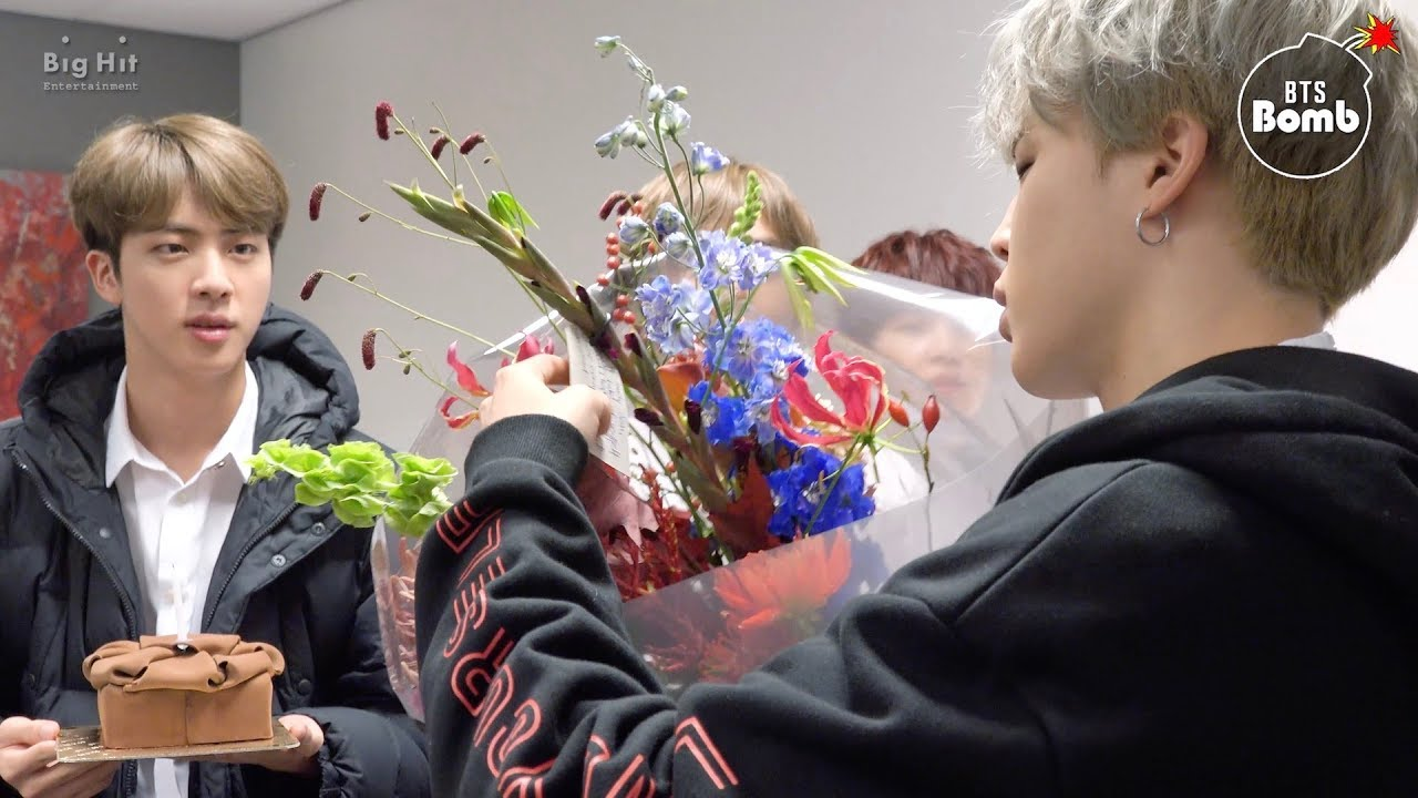 Bts Jimin S Birthday Looking Back On Mochi S Day Through The Years