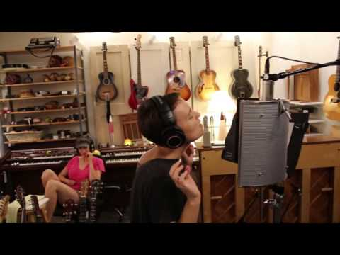 The Making of Waterdeep – Ep 02: When Sarah Masen sang on