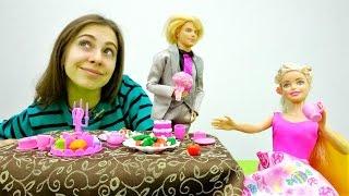 Кен устроил сюрприз для Барби на 8 марта. Игры для девочек
