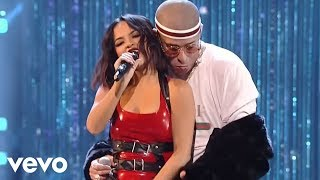 Becky G, Bad Bunny - Mayores (Live from the 2017 Latin American Music Awards) thumbnail