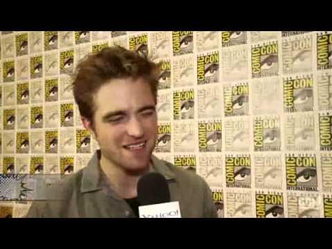 Robert Pattinson on Yahoo Movies - Comic-Con 2012: Geeks or Nerds