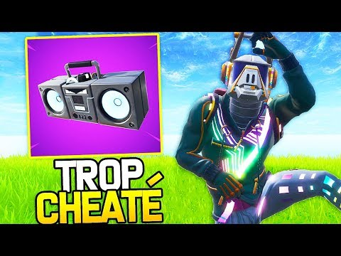 LE NOUVEL ITEM LE PLUS CHEATÉ SUR FORTNITE : LA RADIOCASSETTE !