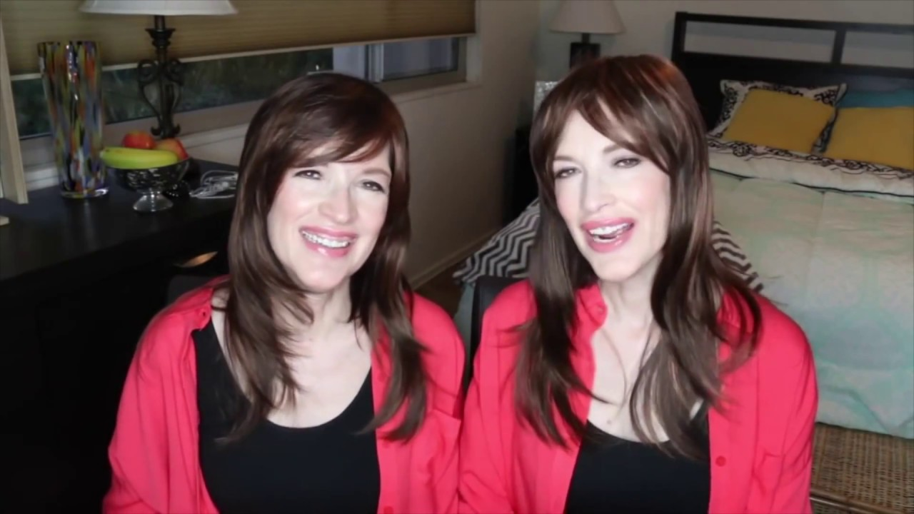 foto de The Psychic Twins lying for 10 minutes straight YouTube