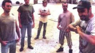 Watch El Peyote Asesino Criminal video