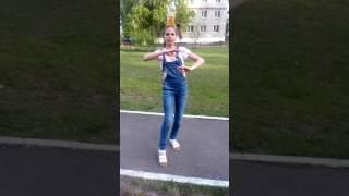 Восточный танец с бутылкой на голове