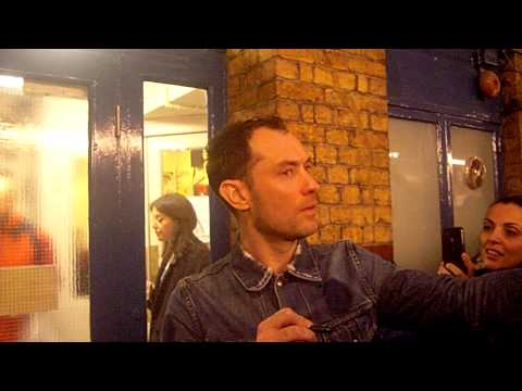 Jude Law Signing Autographs (14th December 2013, Noel Coward Theatre, London)