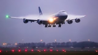 BOEING 747, 787 & 777 Beautiful condensation, close up landing & reverse thrust.