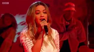 Rita Ora performs 34 Lonely Together 34 by Avicii