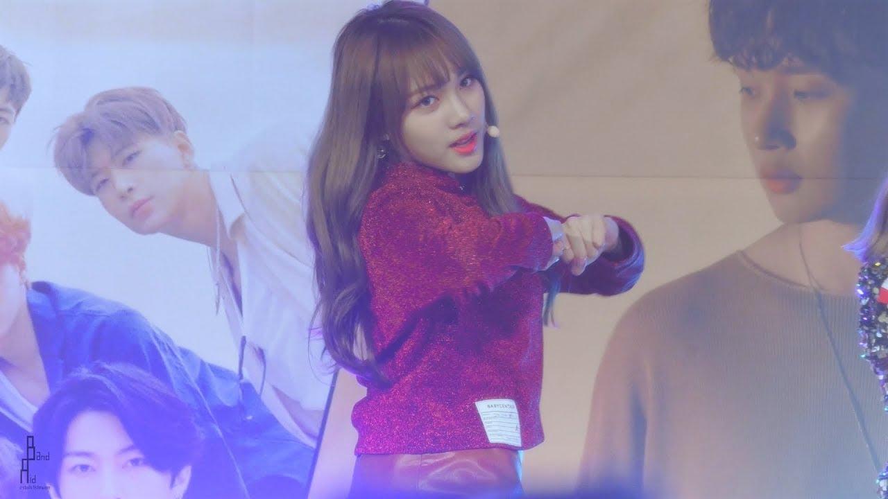 [181011] [4k] 공원소녀(GWSN) 'YOLOWA(욜로와)' 소소 직캠 By 반창꼬 @ 명동 버스킹