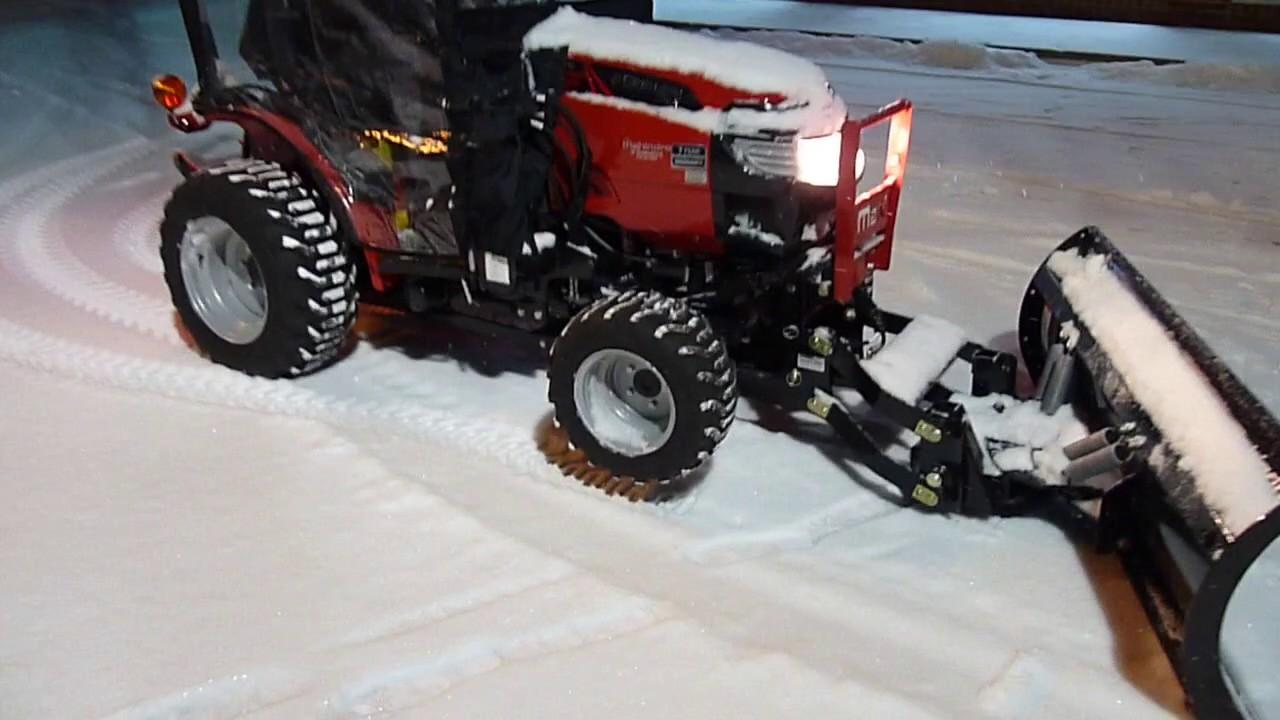 Snow Blower 24 >> Mahindra Max 24 snowplow - YouTube
