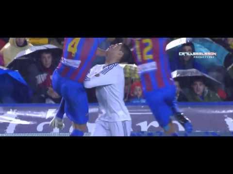 Cristiano Ronaldo Eye injury   Real Madrid vs Levante 11 11 2012   HD
