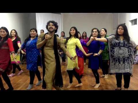 Mehendi hai Rachne wali & Sajan ji Ghar Aaye (Devesh Mirchandani) PERU