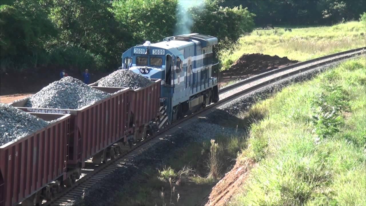 Resultado de imagem para trem de carga ferrovia norte-sul