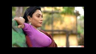 big boob girl saree shoot l cleavage l navel show