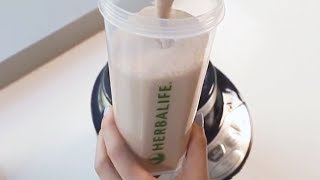 How to make an Herbalife Shake using Herbalife Formula 1 Chocolate Flavor | Herbalife Advice