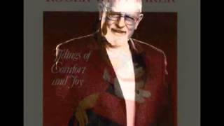 Watch Roger Whittaker We Wish You A Merry Christmas video