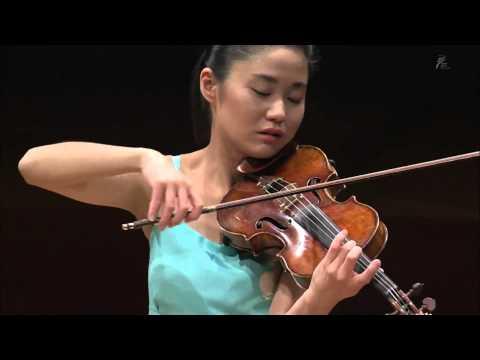 "Sayaka Shoji and Gianluca Cascioli play Beethoven : Violin Sonata No.5 in F major, Op.24 ""Spring"""