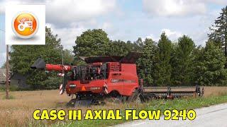Harvest 2019 | Case IH Axial Flow 9240 combine with MacDon Flex Draper FD135 header