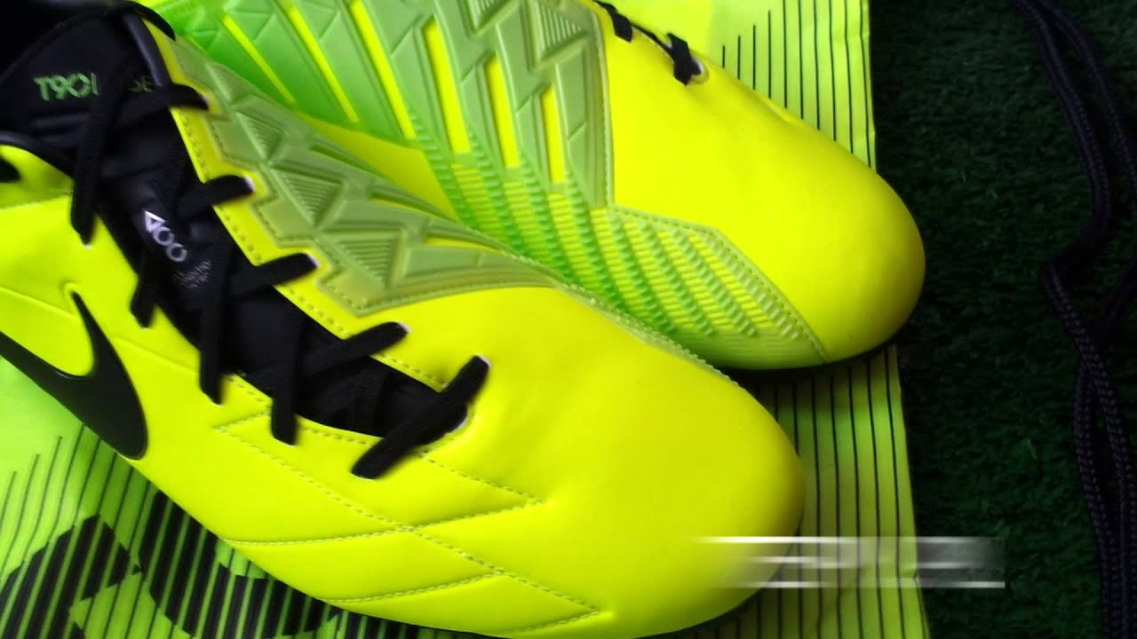 Nike T90 Laser IV volt/black unboxing korków piłkarskich na tepy.pl