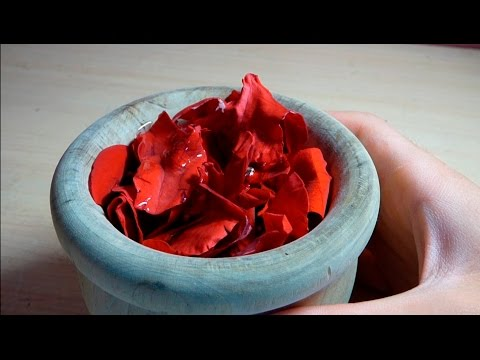 How to make perfume of roses