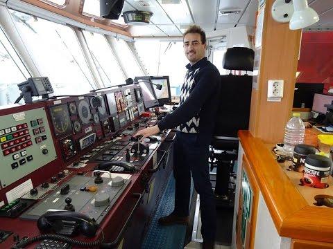 "On board ""VB HISPANIA"", ex ""FAIRPLAY 32"". Copy of TYPHOON tug WIJSMULLER. NL"