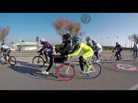 DAFNEFIXED - Bike - Chair vs Cyclist m Newspaper Gazzetta dello Sport Anytime