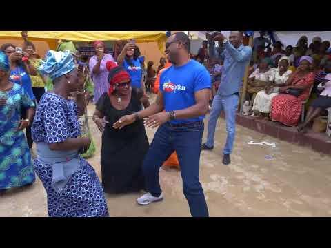 FEMI ADEBAYO DANCE OLAMIDE WO WITH OLD WOMAN