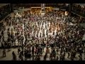 "Capture de la vidéo Hong Kong Festival Orchestra Flash Mob 2013: Beethoven's ""ode To Joy"" 香港節慶管弦樂團2013快閃:貝多芬《快樂頌》"