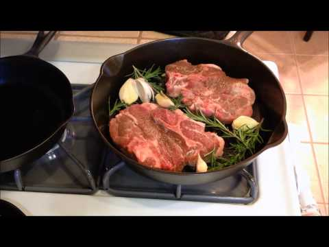 Cast Iron Skillet Lamb Chops With Garlic And Rosemary