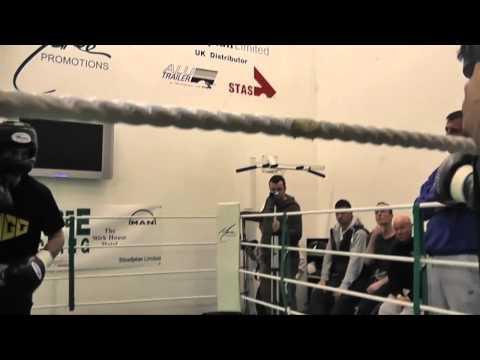 Scott Quigg sparring Marco Antonio Barrera