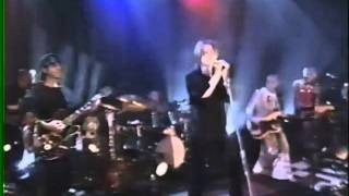David Bowie - The Pretty Things Are Going To Hell - Live TOTP 1999   5/6