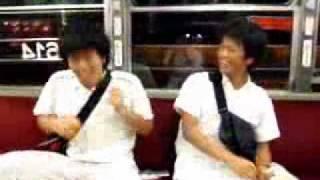 ちんちん電車の中でエアーバンドしました笑 あとで音あわせてみたらばっ...