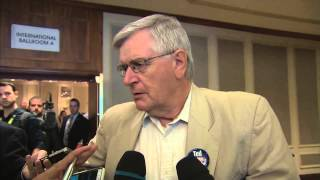 RAW: Harper supporter yells at reporters (Warning: Offensive Language)