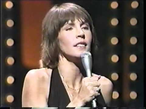 HELEN REDDY - LONG HARD CLIMB - QUEEN OF 70s POP - INTERVIEW WITH JOHNNY CARSON