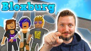 FAN-HUNTING! -Roblox Bloxburg Danish Ep 26