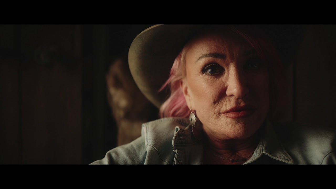 Tanya Tucker - The Wheels Of Laredo (Official Music Video)