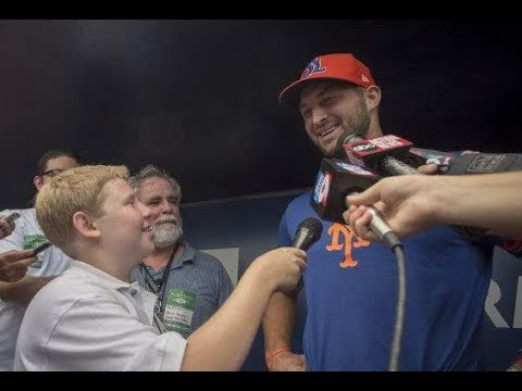Tim Tebow Interview (Tampa Press Confrence)