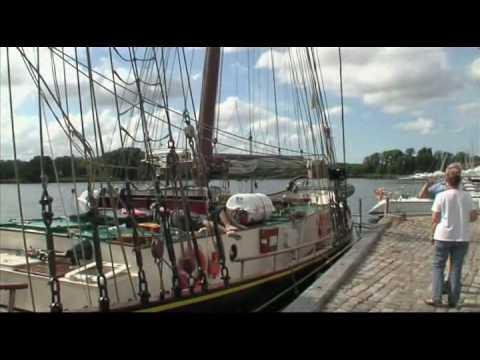 Hajkutter på Nysted havn
