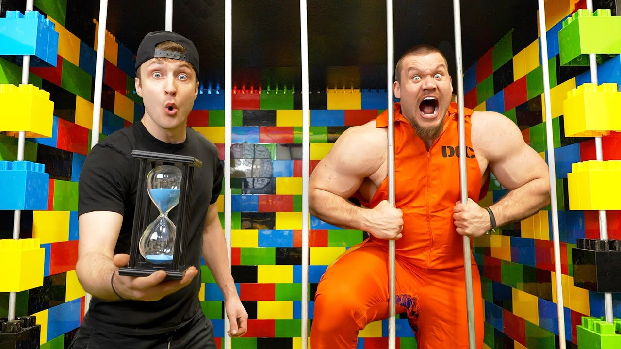 1 Hour To Escape A Lego Prison Cell