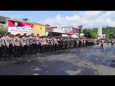 Yel Yel Sinergritas TNI Polri Pada Simulasi Pengaman Pilkada Serentak Di Kota Banjar
