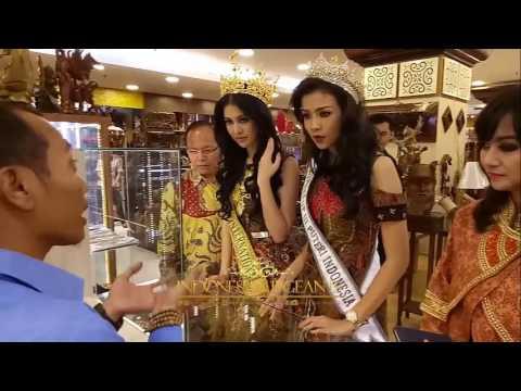Ariska Putri Pertiwi Miss Grand International 2016 Visit To Sarinah Indonesia