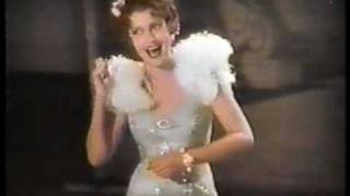 Jeanette MacDonald sings 'San Francisco'