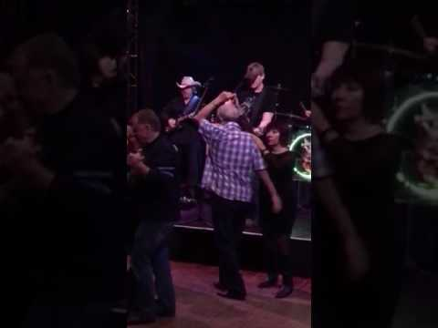 George Strait- Blue Clear Sky at Fantasy Springs Casino by Ricky Lee Johnson and Country Nation