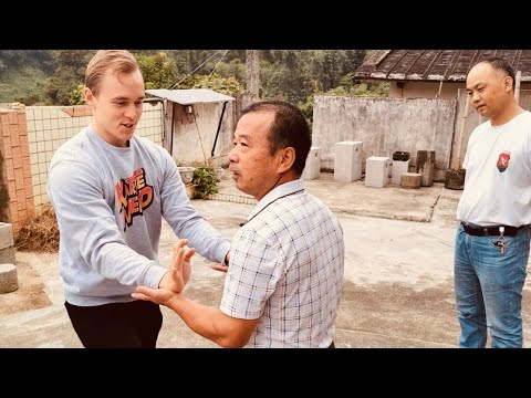 Download Karate Nerd in China Ep. 2 🍵 Mp4 baru