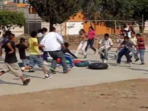 Robando La Llanta Camara Juegos Para Ninos Y Jovenes Youtube