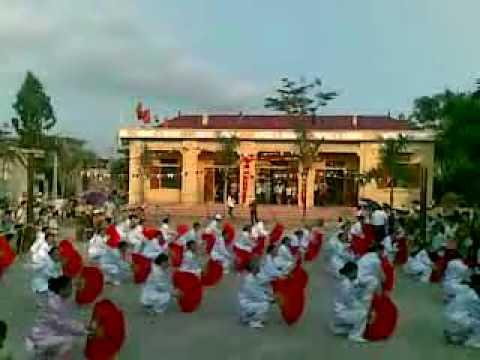 Hội làng Trung Lập-16/05/2010-Bài tập dưỡng sinh