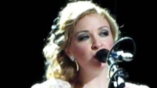 Kate Miller-Heidke - Southern Cross Tattoo - Bluesfest 24/04/11