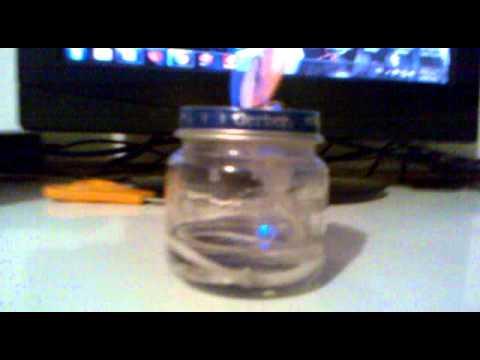 como hacer una lampara de alcohol facil y rapido XD