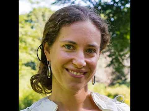 282: Stephanie Elson Bruneau on Benevolent Bees