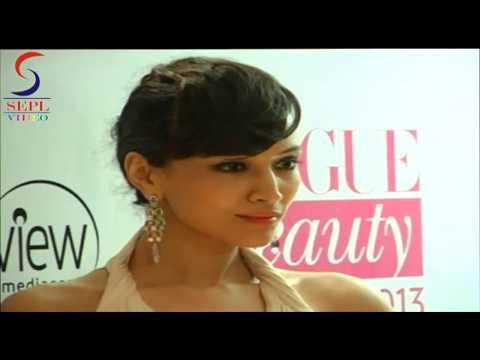 Sexy  Dipannita Sharma Hidding Hot ASSETS